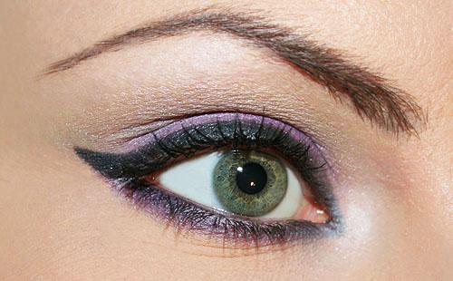 trucco viola occhi verdi