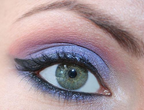 trucco viola occhi azzurri