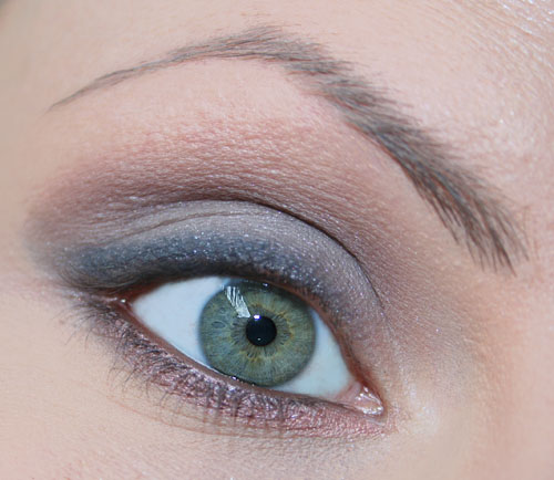 ombretto e matita bronzo smoky eyes